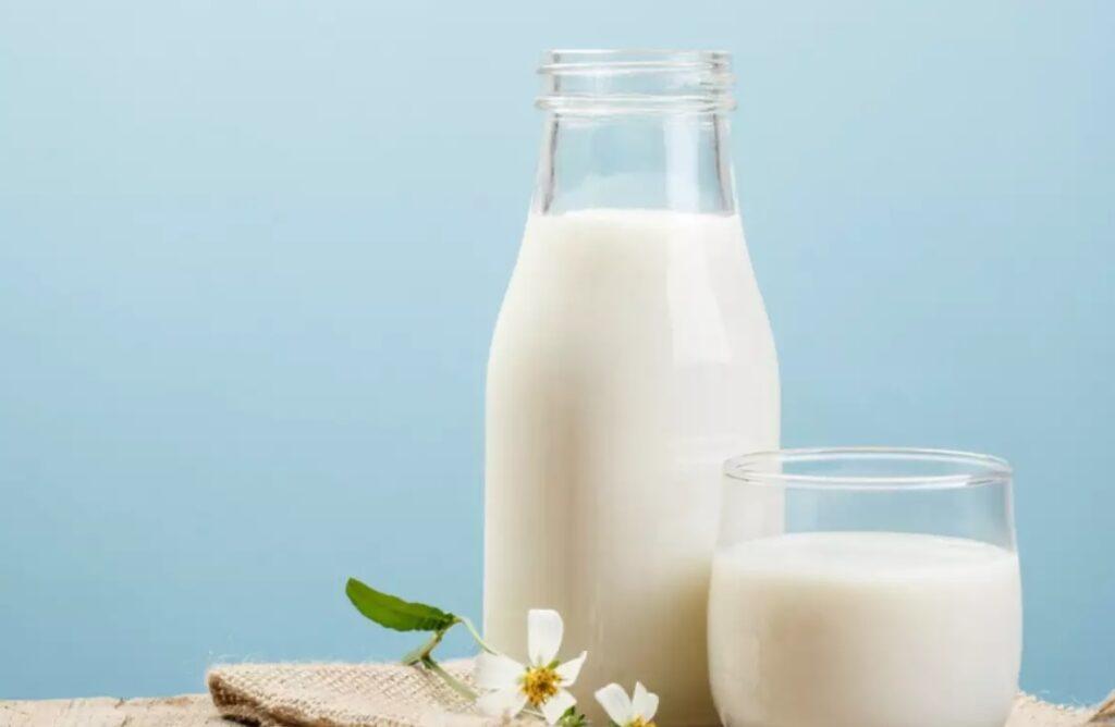 Cum verifici calitatea laptelui si prospetimea